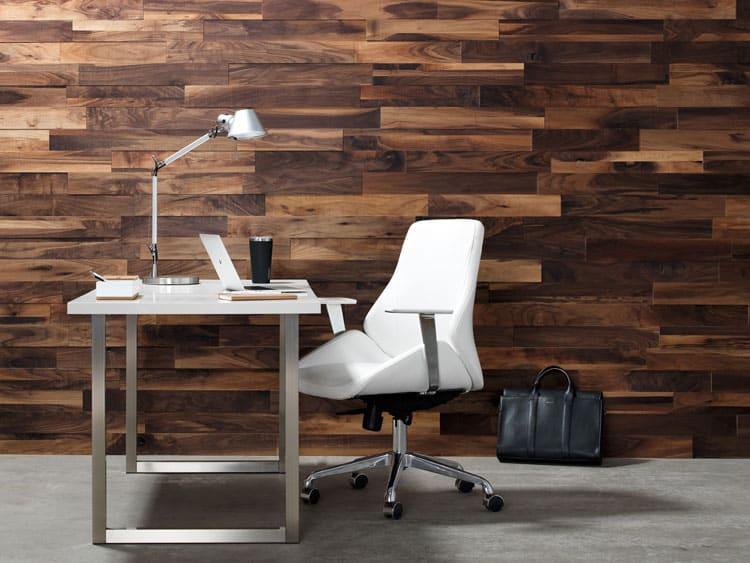 murs en bois empilés